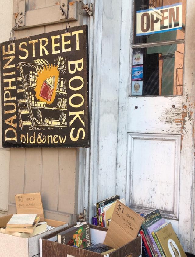 Dauphine Books