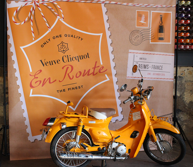 Veuve moped backdrop