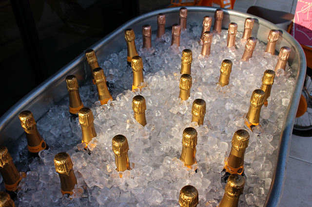 Veuve on ice