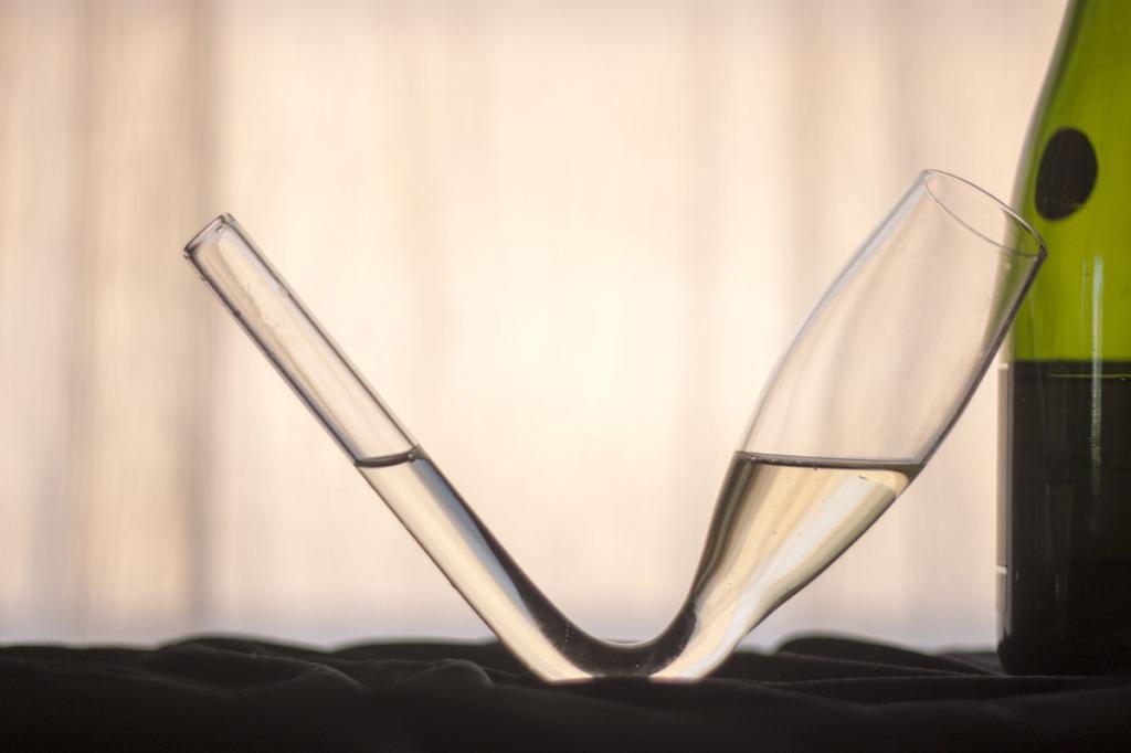 Chambong glass
