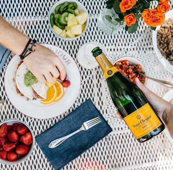 Instagram Veuve Clicquot